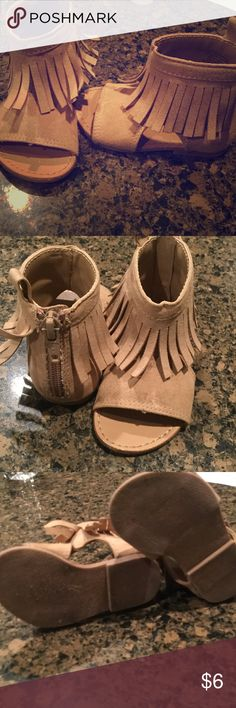 Girls Sandals Super cute and stylish sandals with back zipper closure. Great condition! Crazy 8 Shoes Sandals & Flip Flops
