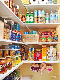 Zoning ist der beste Weg, um Ihre Speisekammer zu organisieren Zoning your pantry helps you see what food you have, what you need to restock, and where the groceries belong. - Own Kitchen Pantry Organisation Hacks, Kitchen Organization, Organizing Tips, Cleaning Tips, Organising, Pantry Can Organization, Cleaning Closet, Pantry Storage, Kitchen Storage