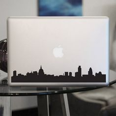 London Skyline...  Do they have one like this for New York? I'd so buy one!
