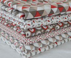 Lot de 6 coupons tissu patchwork rouge / écru 50 x 50 cm : Tissus pour Patchwork par clementine-creations