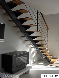 Probably the winner of staircases I've seen so far. Staircase Interior Design, Stairs Architecture, Interior Architecture, Wood Staircase, Loft Stairs, Staircases, Kim House, Colored Ceiling, Modern Stairs
