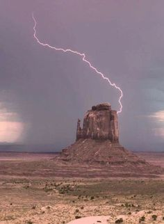"""Lightning strike - Monument Valley, One of the """"Mittens"""" (There is an East Mitten and a West Mitten. The """"thumb"""" is on the opposite side in each. Image Nature, All Nature, Science And Nature, Amazing Nature, Beautiful World, Beautiful Places, Beautiful Pictures, Tornados, Thunderstorms"""