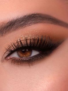 Smoke Eye Makeup, Prom Eye Makeup, Smokey Eye Makeup Look, Gold Makeup Looks, Black Eye Makeup, Wedding Eye Makeup, Prom Makeup Looks, Glam Makeup Look, Eye Makeup Art