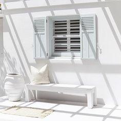 Summer white with @threebirdsrenovations ⚪️