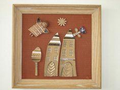 Keramický obraz v starodávném dřevěném rámu