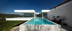 Villa Escarpa is located in Praia da Luz, Portugal and was designed by Mario Martins.