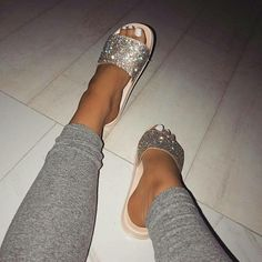 Shop Women's size Various Slippers at a discounted price at Poshmark. Description: Studded for life. Crazy Shoes, Me Too Shoes, Cute Sandals, Shoes Sandals, Cute Slides, Glitter Shoes, Glitter Bomb, Ring Verlobung, Shoe Closet