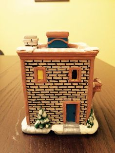 Ceramic court house, painted ceramic, Christmas village 2014