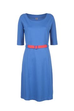 Super flattering Wow To Go! fall/winter dress. very comfy, looks great with boots