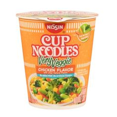 Nissin Cup Noodles Very Veggie Moneymaker @ Walmart! Ramen Noodle Soup, Ramen Noodles, Top Ramen Recipes, Nissin Cup Noodles, Veggie Cups, Chicken Flavors, Light Recipes, Natural Flavors, Cooking Time