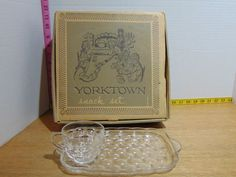 Vintage 8 Piece Federal Glass Yorktown Snack Set With Original Box MIB Set 2 Dish Sets, Glass Collection, Pottery, Snacks, Crystals, The Originals, Box, Vintage, Decor