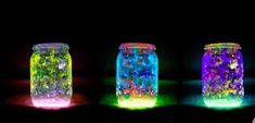 4 Step To Create DIY Mason Jar Fairy Lights. 4 Step To Create DIY Mason Jar Fairy Lights . Use glow in the dark fabric paint, make a layer Fairy Glow Jars, Mason Jar Fairy Lights, Solar Mason Jars, Jar Lights, Glow Stick Jars, Glow Sticks, Pot Mason Diy, Mason Jar Crafts, Fairy Lanterns