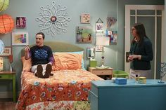 """""""The Cohabitation Experimentation"""" -- Pictured: Sheldon Cooper (Jim Parsons) and Amy Farrah Fowler (Mayim Bialik). When Amy's apartment floods, she proposes a """"cohabitation experiment"""" with Sheldon.   Also, Howard and Bernadette are upset when Koothrappali learns the gender of the baby before them, on THE BIG BANG THEORY, Monday, Oct. 10 (8:00-8:31 PM, ET/PT), on the CBS Television Network. Photo: Michael Yarish/Warner Bros. Entertainment Inc. © 2016 WBEI. All rights reserved."""