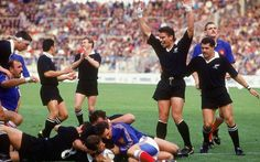 1987 New Zealand The All Blacks won the first Rugby World Cup in front of their home crowd at Eden Park, Auckland, beating France thanks to tries from Michael Jones, David Kirk and John Kirwan (above). David Kirk, All Blacks Rugby Team, Eden Park, Rugby World Cup, Competition, The Past, Abs, Running, Auckland