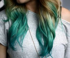 love the idea of a blonde with different color tips.