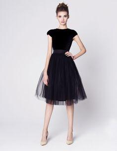Sukienka CZARNA / TIUL
