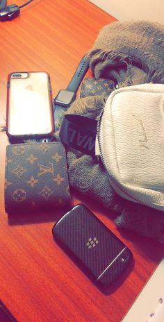 Coffee Bean Bags, Bag Pattern Free, Baby Memes, Boy Photography Poses, Macrame Bag, Cute Girl Poses, Messenger Bag Men, Instagram Story Ideas, Vuitton Bag