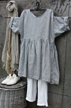 Discover thousands of images about Linen Dress MegbyDesign Linen Dresses, Casual Dresses, Boho Fashion, Fashion Outfits, Fashion Design, Mode Boho, Inspiration Mode, Casual Tops For Women, Mode Style