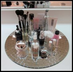 great idea for storing makeup
