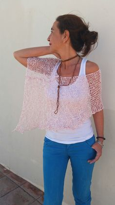 Summer knitted cover up, pink and white poncho por EstherTg