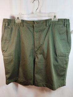 Roundtree & Yorke Easy Care Olive Green 100% Cotton Shorts Size 40 #RoundtreeYorke #CasualShorts