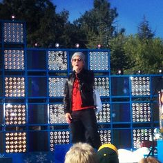 Toby Mac performed earlier today at Disneyland for the Christmas Day special. #disneyland #TobyMac #taping #christmas