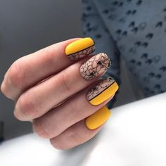 Pretty & Easy Gel Nail Designs to Copy in 2019 - nded.de Nageldesign & Nailart Videos Deutschland - Nail Pretty & Easy Gel Nail Designs to Copy in 2019 - nded. Nail Art Designs, Square Nail Designs, Acrylic Nail Designs, Acrylic Nails, Ongles Gel Halloween, Nail Art Halloween, Yellow Nails Design, Yellow Nail Art, Gel Nail Art