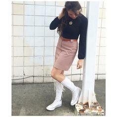 Converse boots, vintage skirt & turtleneck #babachic
