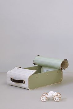 Suitcase by Lotty Lindeman & Wouter Scheublin   A R T N A U