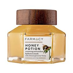 Shop Farmacy's Honey Potion Renewing Antioxidant Hydration Mask with Echinacea GreenEnvy™ at Sephora. This mask nourishes and revitalizes the skin. Honey For Acne Scars Sephora, Natural Beauty Tips, Natural Skin Care, Organic Beauty, Natural Face, Natural Makeup, Beauty Care, Beauty Hacks, Diy Beauty