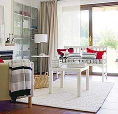 Un salón de estilo campestre Decor, Living Room, Furniture, Interior, Dining, Deco, Home Decor, Dining Chairs, Interior Design