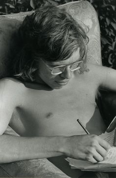Richard Branson writing as a teen (For a FREE TRIAL to Key to Success Magazine go to the link at the top of the page under the board description). Cool Things To Make, Things To Come, Success Magazine, Fantasy Character, Steps To Success, Richard Branson, Successful People, Just Do It, Role Models
