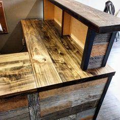 Office Set, Office Decor, Office Ideas, Pallet Desk, Wood Store, Carpentry Projects, Restaurant Design, Retail Design, Wood Design