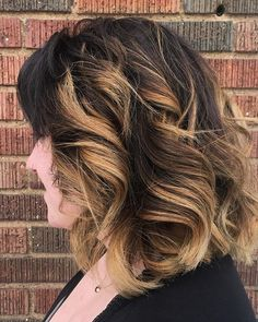 www.foxdensalon.com - A beautiful balayage to brighten up your snowy Sunday! Cut & color by @angel_in_training! . . . . . #balayage #haircolor #foxdensalon #beigeblonde #goldenblonde #behindthechair #modernsalon #minneapolishair #bigprocolor #lyndale #highlights