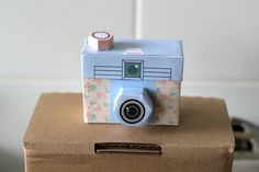 PRINTABLE - 4 cute cameras - PAPER CRAFT Project by girliepains on Etsy https://www.etsy.com/listing/91456820/printable-4-cute-cameras-paper-craft