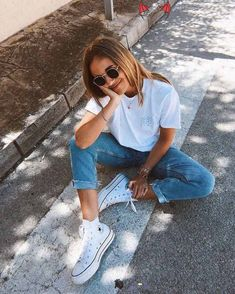 """HISHER. ✪'s Instagram photo: """"HER FASHION ✨ . . . #vintagetshirt #shorthair #shortshorts #blondehair #jeanshorts #outfitideas #outfitshot #outfitdetails #womensfashion…"""" – Juliane Faber  <br>"""