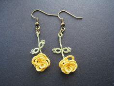Boucles d'oreille en dentelle, frivolité, Rose jaune : Boucles d'oreille par chez-misaki