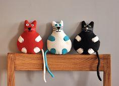 Koty #kidsdesign #szaryfika #handmade #blackandwhite #toy #mascot #cat