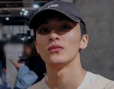 """lets move onto some mark lee ratings. this mark is very beautiful. very natural looking. Mark Lee, Nct 127 Mark, Canadian Boys, Lee Min Hyung, Na Jaemin, Taeyong, Boyfriend Material, Jaehyun, K Idols"