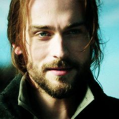 Ichabod Crane | Sleepy Hollow (Tom Mison)