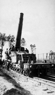 World War I, German heavy railway artillery, ca. 1917