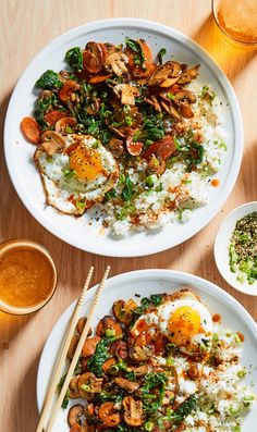 Bring the flavors of Korean cooking to your kitchen with this vegetarian take on bibimbap. The dish features sticky sushi rice, meaty mushrooms, sweet carrots, and gochujang—a spicy Korean condiment. Sign up for Martha & Marley Spoon meal kits and receive fresh ingredients and creative recipes at your door each week.