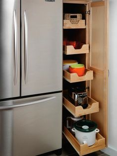 Small Kitchen Makeover Pantry Cabinets and Cupboards: Organization Ideas and Options Kitchen Pantry Cabinets, Kitchen Redo, Kitchen And Bath, Hidden Kitchen, Kitchen Small, Narrow Kitchen, Kitchen Appliances, Small Appliances, Island Kitchen