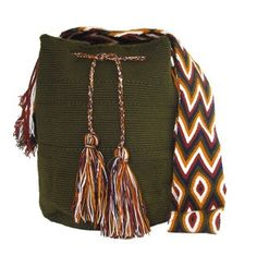 Buy Wayuu Bags Online-Colombian Bags Retailers and Wholesalers-Suscribe and Get 3 FREE Wayuu Bracelets with your first purchase! Light Pink Color, Dark Brown Color, Tapestry Crochet, Turquoise Color, Online Bags, Handmade Bags, Tassel Necklace, Bohemian, Knitting