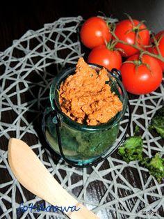 Moje Małe Czarowanie: Śródziemnomorska pasta z suszonych pomidorów