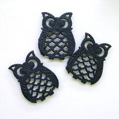 Mod Retro Black Iron Owl Trivets - Trio