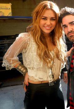 Miley Cyrus- love her hair