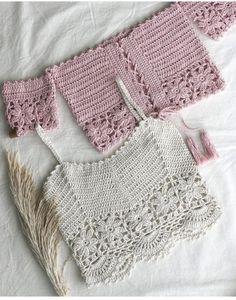 Crochet Skirts, Crochet Crop Top, Cute Crochet, Crochet Crafts, Crochet Clothes, Crochet Baby, Crochet Bikini, Crochet Jacket, Crochet Cardigan