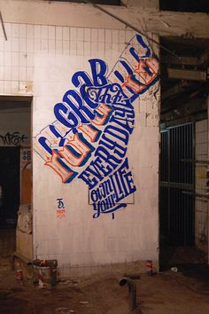 Typographic Art by Daniele Tozzi // Typography Graffiti, Street Art, Printed Matter, Hand Type, Portrait, Beautiful Hands, Hand Lettering, How To Draw Hands, Typography