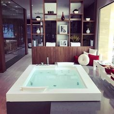 We always enjoy seeing how our European designs get incorporated.  The Fuzion bathtub can give you a similar look on this side of the pond. Image via @jacuzzi.europe  #jacuzziluxurybath #jacuzzieurope #jacuzzibathtub #design #interiordesigner #interiors #interiordesignersofinsta #bathroom #bathtub #tub #bathdesign  #architecture #instadesign #architecturephotography  #luxury #luxurylifestyle #dreamhome  #jacuzzi #Spoilyourself #hydromassage